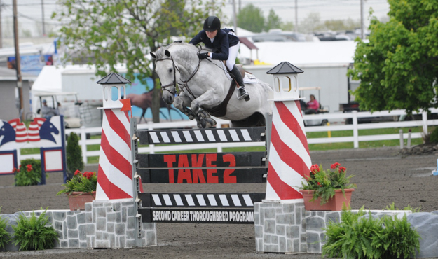 TAKE2 Thoroughbred jumper class. Photo: Reflections Photography.